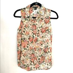 Summer floral top.